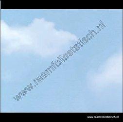 123. Raamfolie wolken (plakfolie voor ramen)